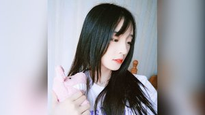 Petite chinese camgirl squirt