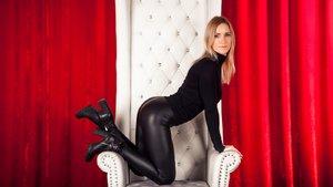 Milf bisexual stockings